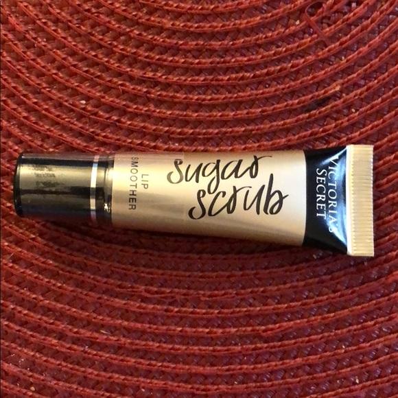 260f6f68a2fde VS sugar scrub lip smoother NWT
